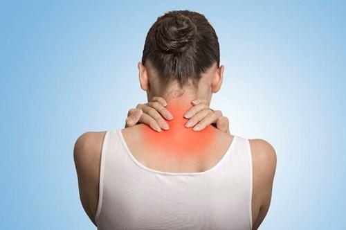 Cách tự xoa bóp cổ, đầu, lưng, vai để giảm đau