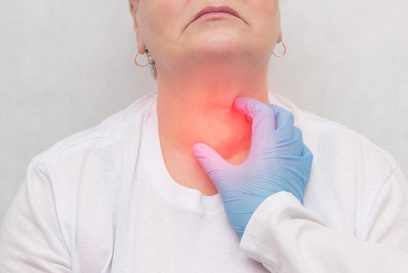 điều trị ung thư tuyến giáp