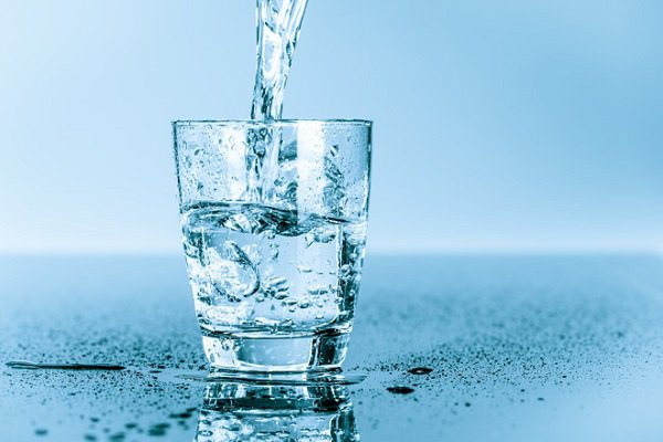 Dùng nước tinh khiết là cách bảo vệ xương khớp hữu hiệu