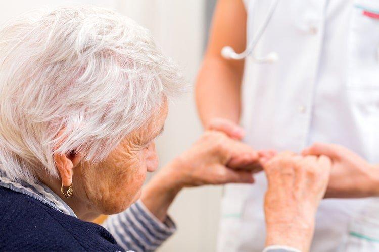 Ung thư đại trực tràng ở người cao tuổi