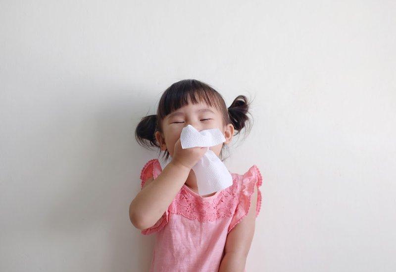 Trẻ nhiễm virus RSV