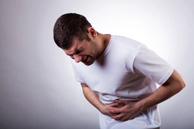 Đau bụng dữ dội, lúc táo bón, lúc tiêu chảy sau khi nhịn ăn 1 ngày là bị sao?