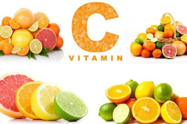 Vitamin C trong da liễu