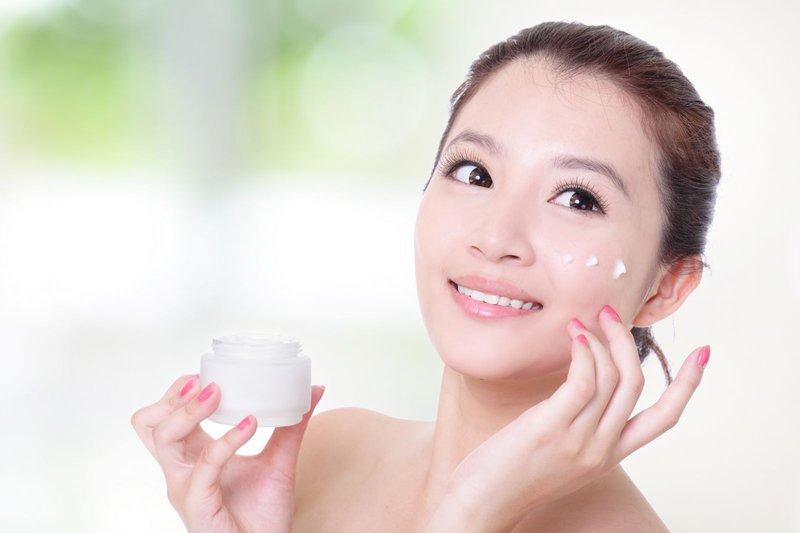 Chăm sóc da với những sản phẩm an toàn