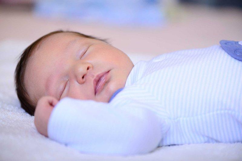 Trẻ sơ sinh mất ý thức đột ngột