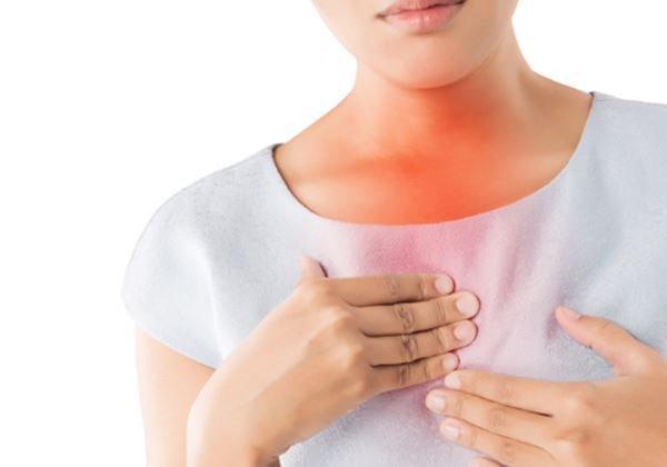 Đau tức giữa ngực là dấu hiệu bệnh gì?