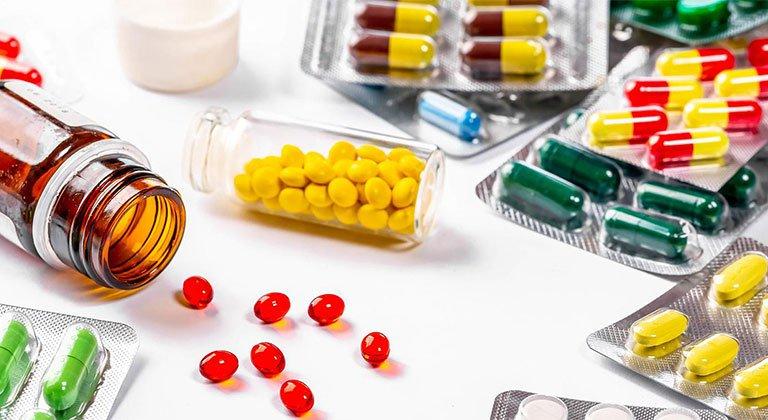 Lưu ý khi dùng thuốc uống trị mụn