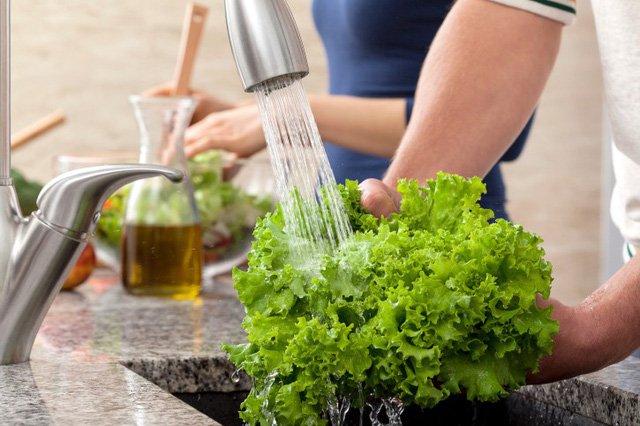rửa rau đúng cách