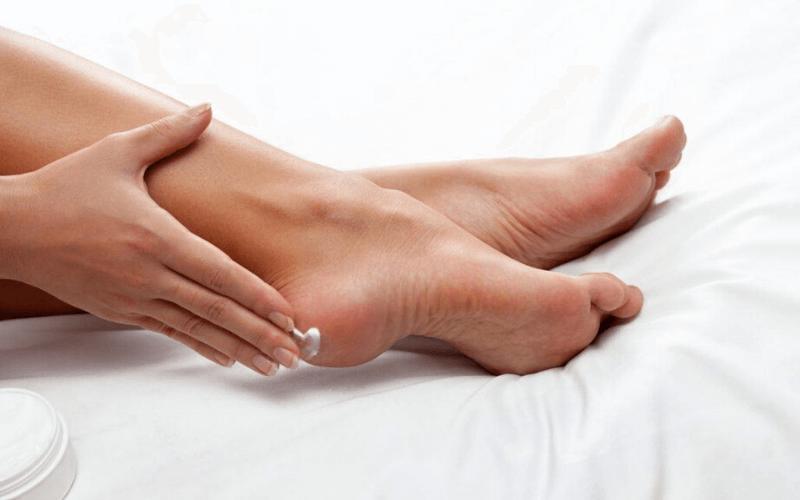 trị nứt gót chân hiệu quả