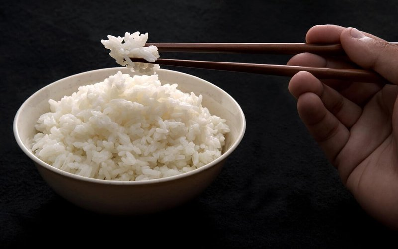 Mắc tiểu đường có ăn cơm được không?