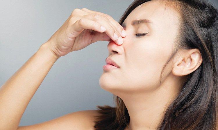 Bị viêm mũi dị ứng mãn tính phải làm sao?