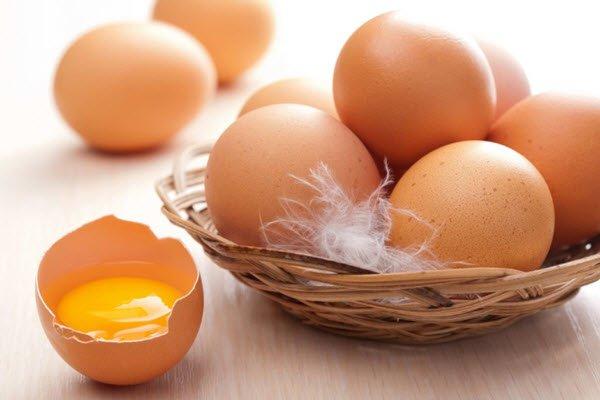 Trẻ ăn nhiều trứng