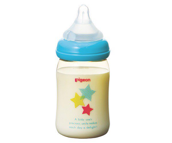 Trẻ gần 5 tháng bú bao nhiêu ml sữa là đủ?