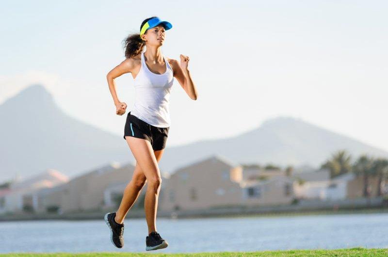 bệnh tim có nên chạy bộ không