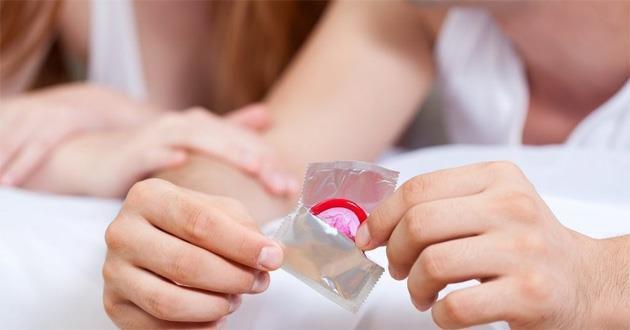 Quan hệ có dùng bao cao su với bệnh nhân ung thư cổ tử cung có bị lây nhiễm không?