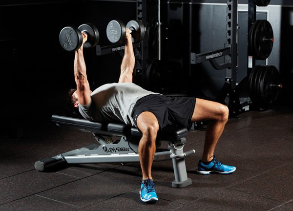 Tập gym thường xuyên