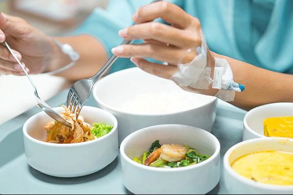 Dinh dưỡng cho bệnh nhân sau phẫu thuật ung thư đường tiêu hóa
