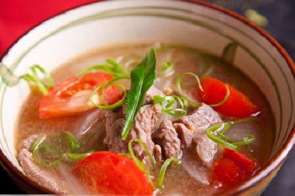 canh thịt bò cà chua