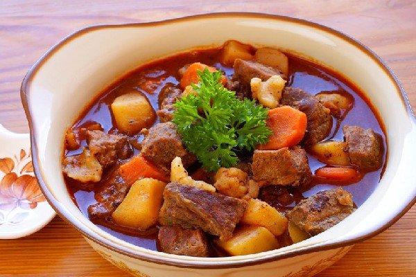 Cách làm món thịt bò kho khoai tây
