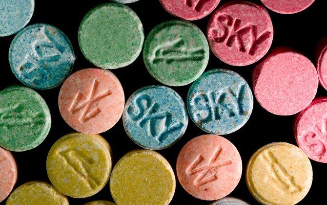 nghiện chất dạng Amphetamine