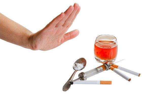 Nghiệm pháp Naloxone chẩn đoán hội chứng cai các chất dạng thuốc phiện
