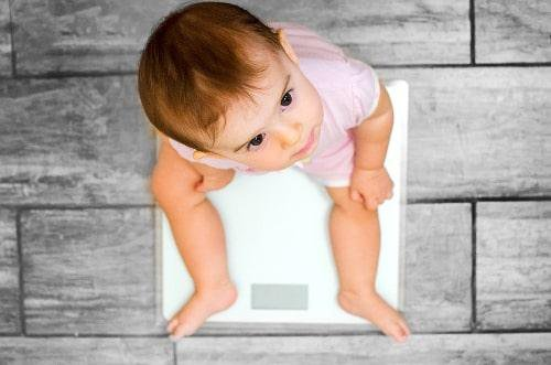 Điều trị trẻ chậm tăng cân