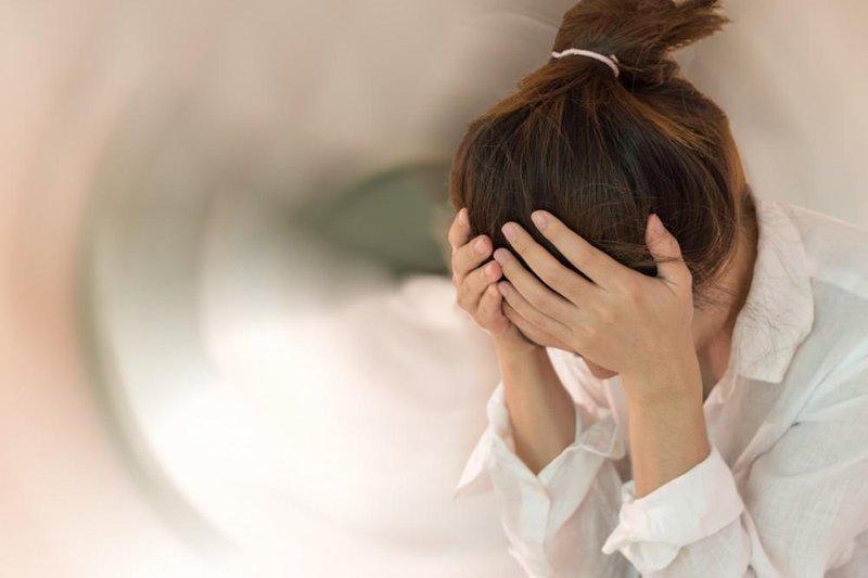 Thuốc Parlodel có thể gây tình trạng chóng mặt cho người bệnh