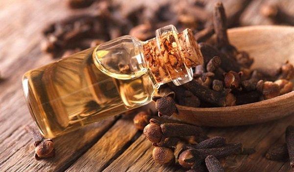 Tinh dầu đinh hương có tác dụng gì đối với sức khỏe?   Vinmec