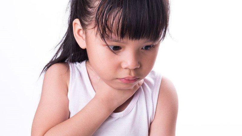 Nuốt pin ở trẻ em