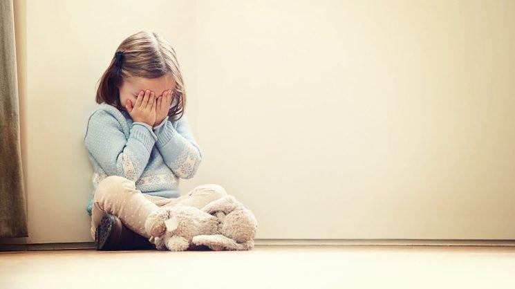 trẻ rối loạn phổ tự kỷ