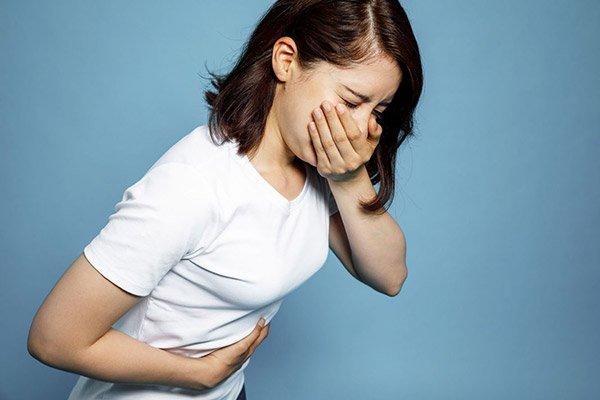Triệu chứng đau bụng, buồn nôn, đi phân lỏng là bệnh gì?