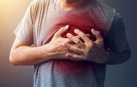 Đau tức ngực trái là dấu hiệu của bệnh gì?