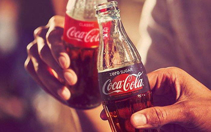 Uống coca-cola khỏi đau bụng có phải do tắc ruột không?