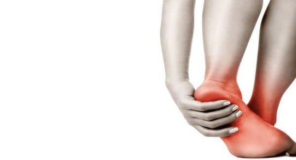 Nguyên nhân nóng bàn chân vào ban đêm mùa hè?