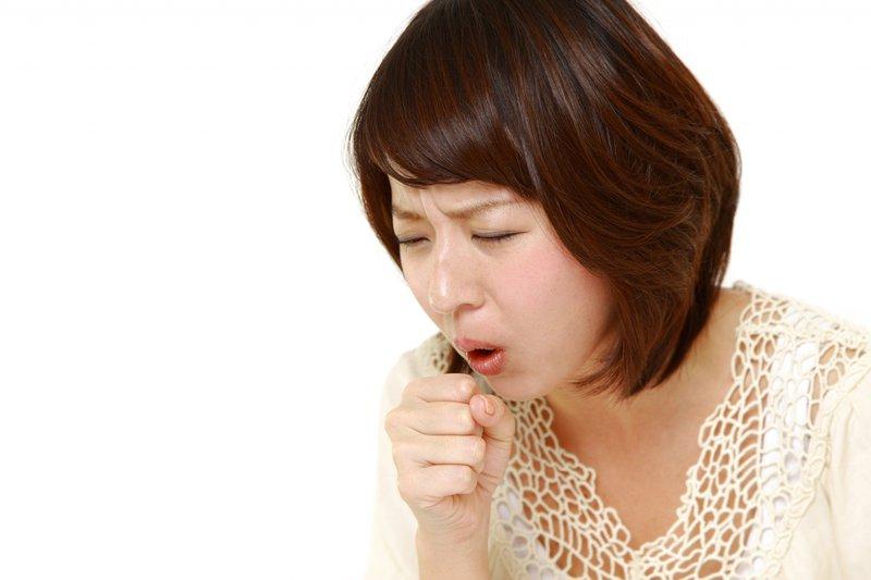 Ho, đau tức ngực trái là dấu hiệu bệnh gì?