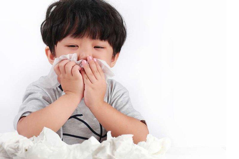 Trẻ nghẹt mũi