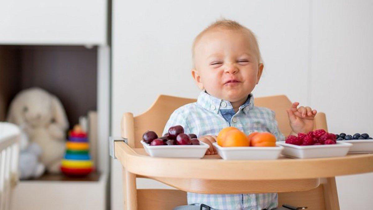 Trẻ 7 tháng tuổi ăn được những hoa quả gì?