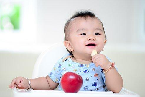 trẻ 7 tháng được 7kg