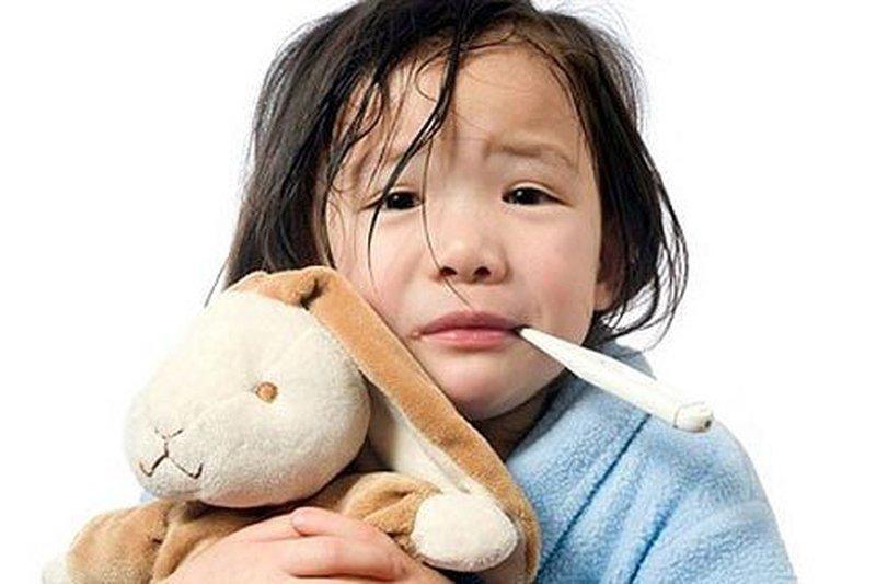 trẻ bị nhiễm khuẩn