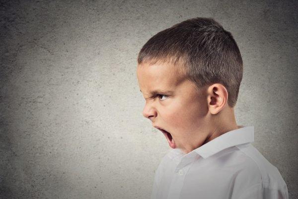 các hành vi của trẻ tự kỷ