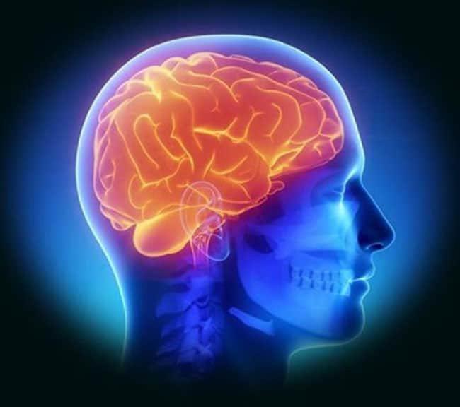 Cảnh giác nguy cơ nhiễm trùng nội sọ sau mổ
