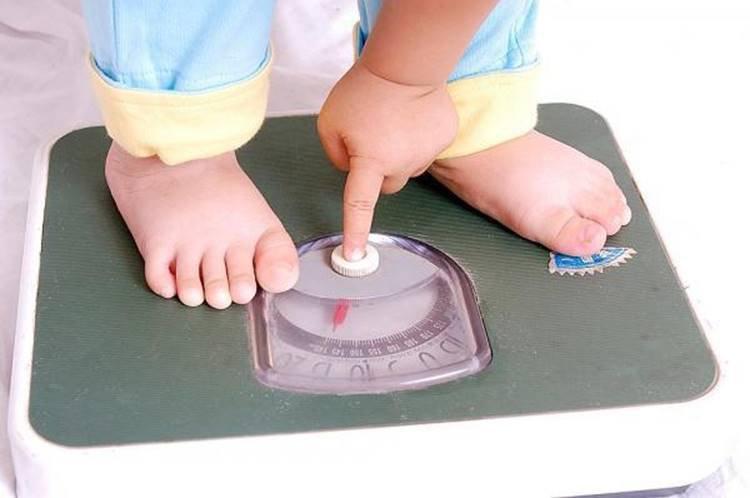 Trẻ suy dinh dưỡng không tăng cân