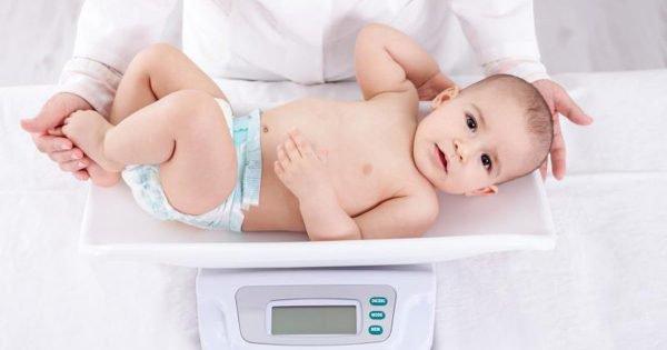 Nguyên nhân trẻ chậm tăng cân