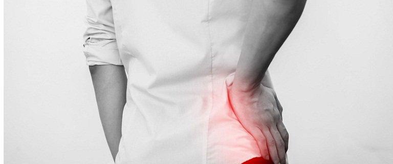 Cảnh giác đau khớp háng khi tập yoga