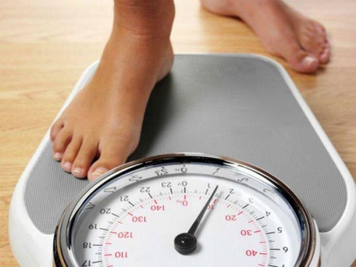 Khó ngủ kèm sụt cân là dấu hiệu bệnh gì?