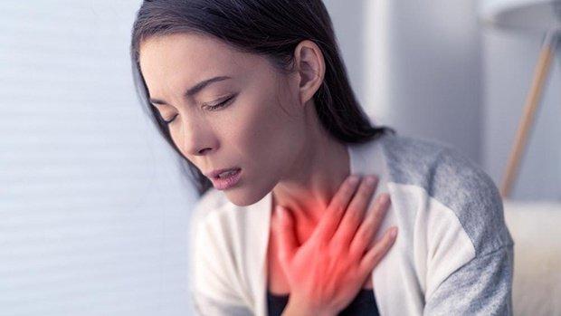Khó thở kéo dài là triệu triệu chứng của bệnh gì