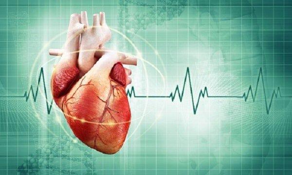 Nữ giới tim đập lúc nhanh lúc chậm, đánh trống ngực là dấu hiệu bệnh gì?