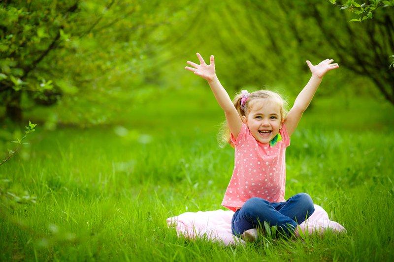 cho trẻ gần gũi với thiên nhiên